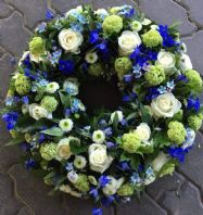 WITH NICE MEMORY LARGE WREATH